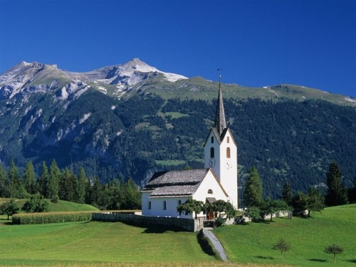 This is where my dream wedding will take place. Switzerland. My most favorite place in the world. Right outside of this church…looking at the Swiss Alps.