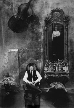 peacelovezen:     Stuart Sutcliffe and Astrid Kirchherr    The original Beatle and his paramour…  (via onmyowntwohands)