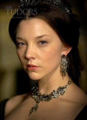 This HBIC is coming back to the Tudors in the season finale! Aaaahhh! =D Henry VIII is getting his ass kicked by his dead queens, that's for sure!