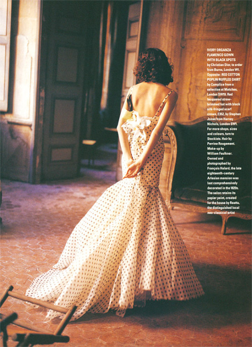 """Arles Be Your Sweetheart"" Harper's & Queen (Harper's Bazaar UK?), 1992 photographer: François Halard Shalom Harlow long, polka dot dress with mermaid tail Or ivory organza flamenco gown with black spots, your pick. Shalom Harlow (August 2004 - March 2010) - Page 66 - the Fashion Spot // prettystuff:(via sparklesandpretending)"