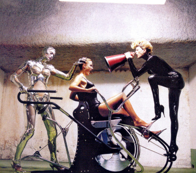 maliciousglamour:  Machine AgeVogue US, November 1995Photographer: Helmut Newton Thierry Mugler, Fall 1995