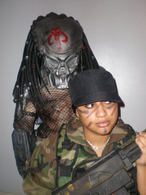 Predator Vs USCM 02 by ~TheRoyalPredator on deviantART LOOK BEHIND YOU! You're too hot to die!