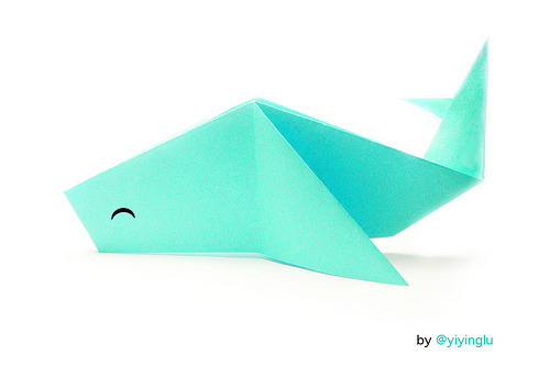 socialmediatico:  Origami Fail Whale (by YiyingLu)