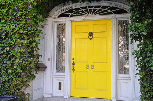 yellow door bestill my heart.  a bit of sunshine to greet you. texturism