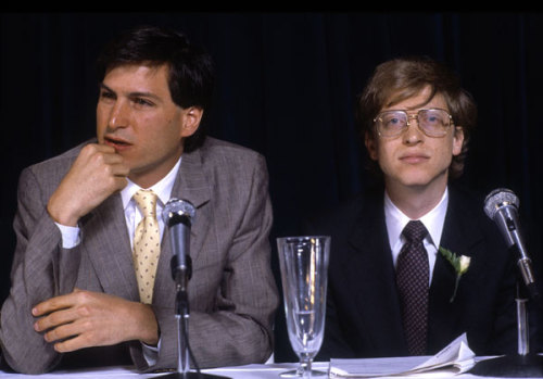 Steve Jobs and Bill Gates circa 1988   via klaatu: youmightfindyourself: austereprint