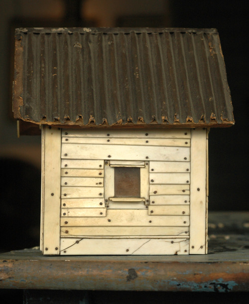 artrescue:  eriebasin:  Early 1900s Ivory Piano Key House / Box, (sold)