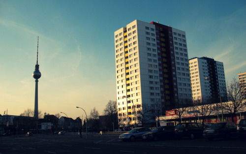 Sunset in Berlin - a long walk from the East Side Gallery to Alexanderplatz (March 22nd, 2010)