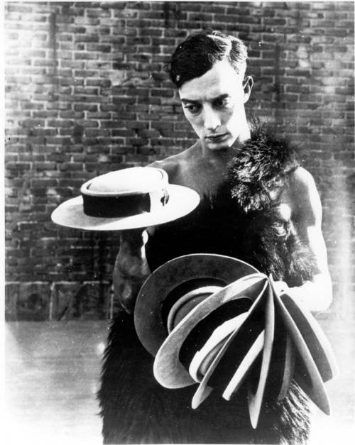 "(via budandpaul) Buster Keaton and his porkpie hats.  *swoon* ""The Three Ages"", (1923)"
