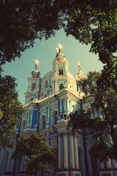 ffrenzy:  Smolny Cathedral (Sobor) in Saint Petersburg