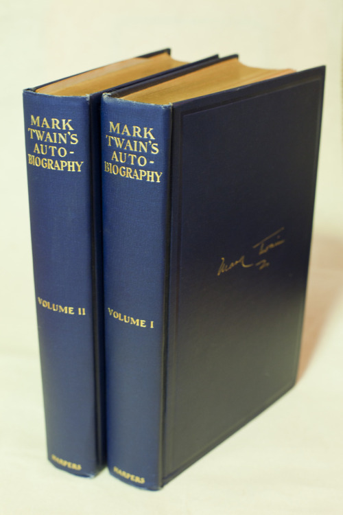 Fings Wot I Got From My Book Dealer: Mark Twain's Autobiography, Harpers, NY, 1924. First edition, 2 vols, 8vo, blue ribbed cloth, t.e.g.