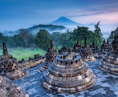 empireofcyr:  The Hidden Buddhist Temple of Borobudur at SunriseSource: Stuck in Customs' Photostream
