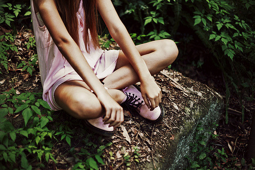 love the matching light pink dress with the light pink docs.