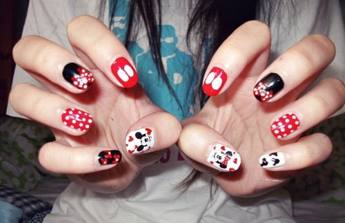 mickey/minnie nails again! with better quality pictures :)