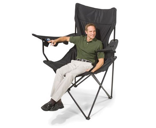 "The Brobdingnagian Sports Chair is maybe not what you would find the typical Technosexual sitting on, however it falls into the ""super cool"" category and therefore must be listed! Sells for around $150 US. More Info"