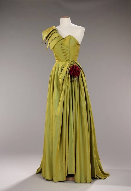 A stunning chartreuse evening dress by Patou, 1947-1949.