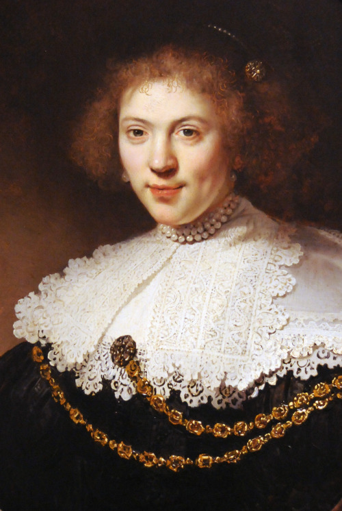 sealmaiden:Rembrandt Harmensz. van Rijn, 1606–1669, Portrait of a Woman Wearing a Gold Chain 1634, Oil on panel via renzodionigi