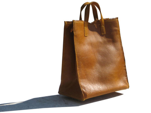 Simple Leather Bags by KimKim Artifacts