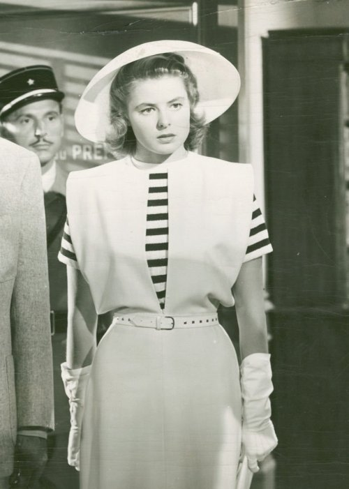 Stripes Ingrid Bergman in Casablanca fab-ingrid:   Ilsa gorgeous Lund