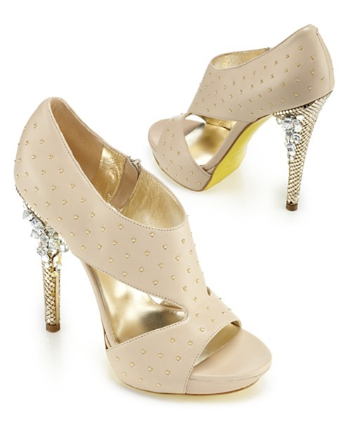 seriousfootfetish:  Versace Embellished Cut - Out Heel Sandal  How gorgeous is the detailing on the heels?!