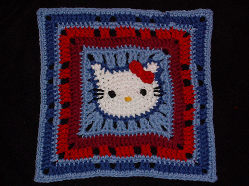 wherethewoollythingsare:  Hello Kitty granny square - via kuzco_cat's Flickr