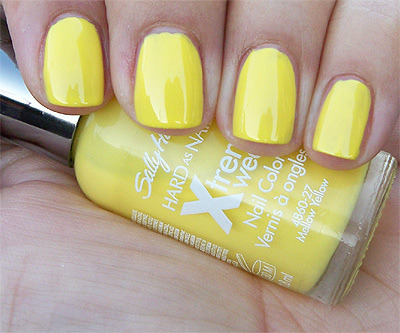 valcastaneda:  Today I bought: Sally Hansen's Mellow Yellow