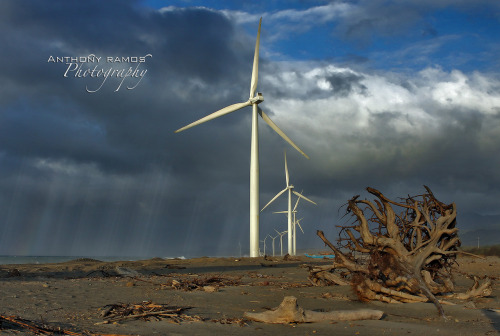 29/365. Weathered. A different angle of the Bangui windmills in Ilocos Norte. Camera Info: Canon 50D | 24-70mm L USM | Ƒ/11 | ISO 400 | 1/500s   © Copyright Anthony R. Ramos, 2010. All rights reserved. Unauthorized use of pictures or text within this page is punishable by law.