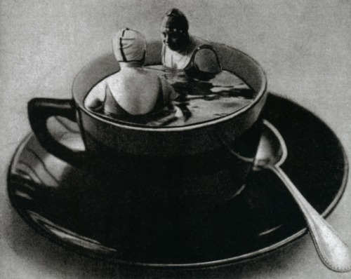 liquidnight:  Manassé The Coffee Bath, circa 1933 From Divas and Lovers: The Erotic Art of Studio Manassé