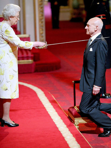 Photo of the Day: Patrick Stewart finally knighted. Make it sir, etc. [globeandmail.]