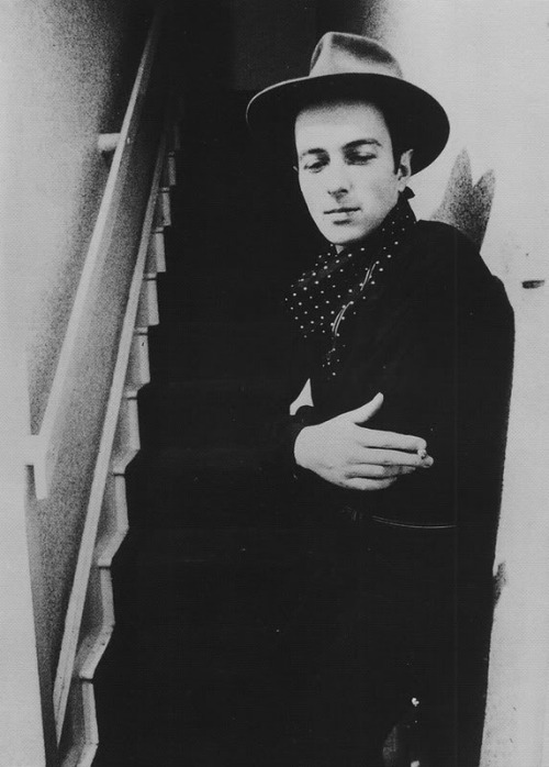 aslihan:theplanetofsound:Joe Strummer <3