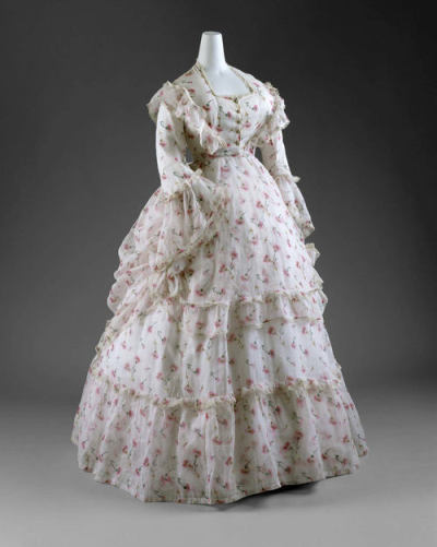 A very Romantic dress from 1872.