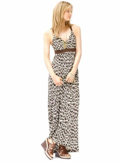 Another pretty Maxi dress via Banana Republic. LOVE the print!