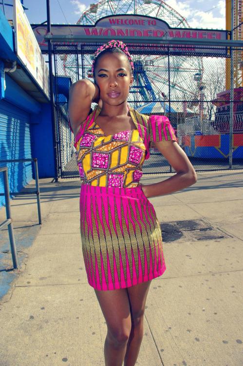 Women's designer clothing, designer dresses - ChickDowntown.com