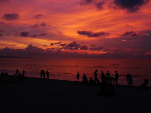 Wow its wonderful sunset  Just another sunset at Kuta beach Bali, Indonesia. via inqrid