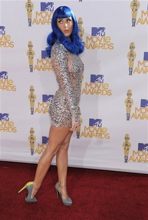 ... Katy Perry's blue hair? For those recoiling in horror it is just a wig, ...