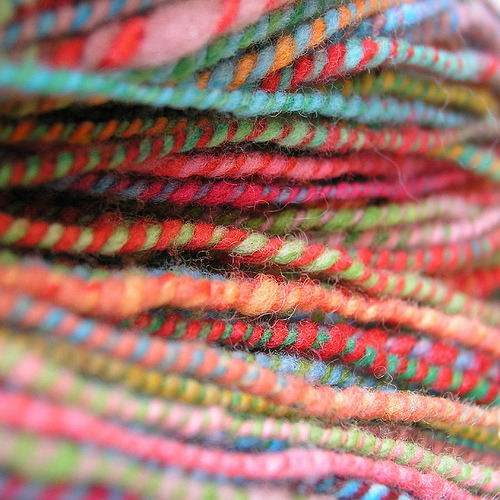 robot-heart:  yarn (by robayre)