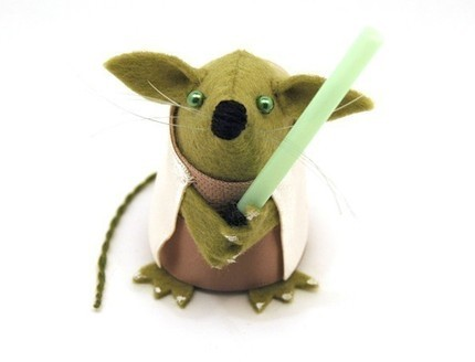 Yoda mouse cracks me up! (check out her other Star Wars mice!) (also, Harry Potter mice, The Beatles mice, and the DJ mouse!)