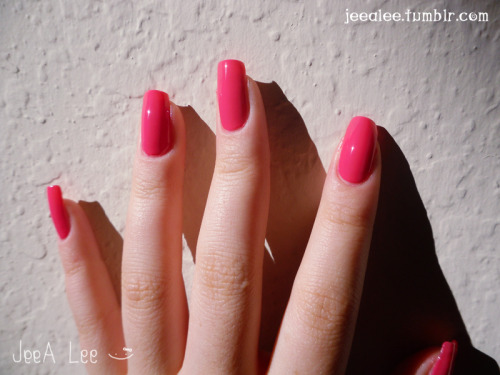 Summery Warm Hot Pink Nails!  :)