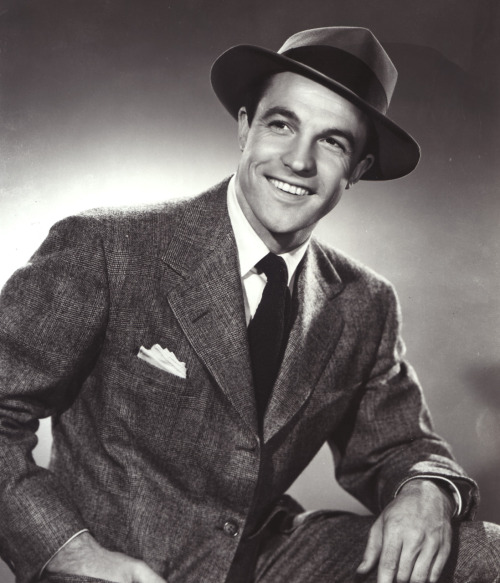 johnhughed:  fassylicious:  classichollywood:  Gene Kelly