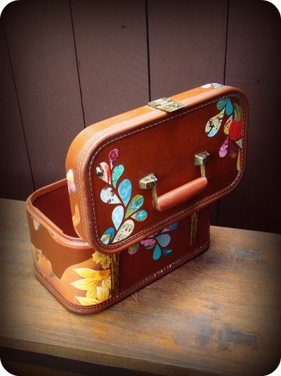 Remixed Vintage Train Case Well hello, lover. (buy it)