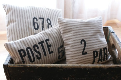 From today's French Friday post on my blog: French-themed burlap pillows from My Adobe Cottage on Etsy. More HERE.