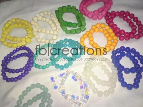 FOR SALE! Wood and Glass Beads Bracelets :) P20 each only! Text me for Reservations:09229676500  09152409506  09298822210 Or message me at Facebook:http://www.facebook.com/iamhisweakness