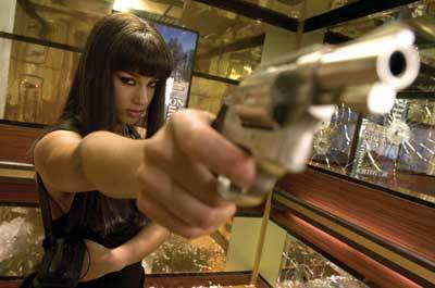Alicia Keys as Georgia Sykes in Smoking Aces (2006).