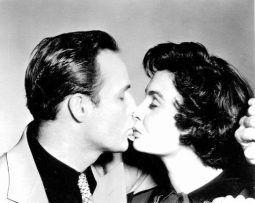 msjeansimmons: marlonbrando: Guys and Dolls (1955)