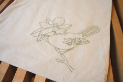 Cardinal Tote by Emily Donald Check out these cool bird totes from Emily on Etsy. Plus she's got all kinds of other great stuff! Purses, wallets, vintage, greeting cards and more!!