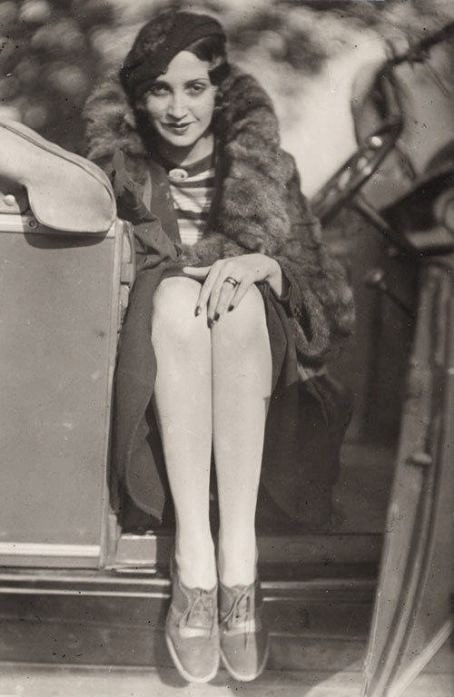 Renée Perle by Jacques Henri Lartigue,c.1930 [also] via dovima_is_devine