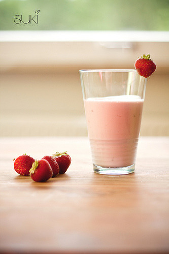 Strawberry smoothie (by Suki_Photography {Sandra})