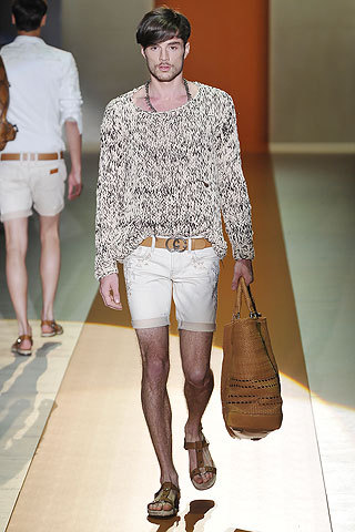 Gucci Menswear- SS 2011  This collection was classic Gucci and I thought it was truly beautiful. I would wear this look all the time in the Spring. (Has anyone noticed that Gucci, like all the other new collections, is using A LOT of ascots and strappy leather sandals?)