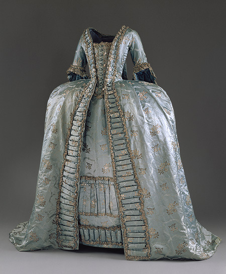 marie antoinette fashion history. Marie Antoinette) fashion