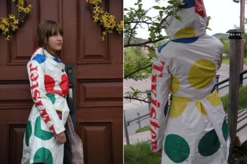 thedailywhat:  Rainwear of the Day: Homemade Twister Rain Coat / Trench Coat by Craftster Nicoleeoliee_4_Life. Winner of Craft Challenge #51: Create something new and unexpected from an old board game using as many parts of the original game as possible. [nopuedocreer.]   WANT.