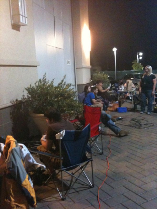 Camping out for that iPhone 4!!!